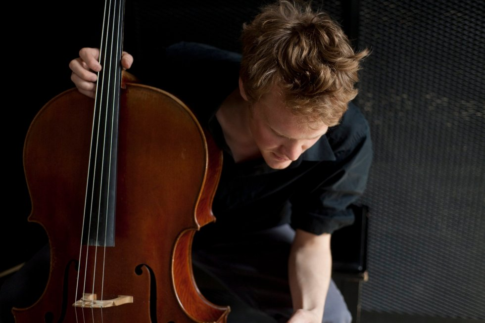Jari Piper, Cellist, Concert July 2nd 2pm