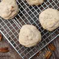 Pecan Sandies recipe by bunsinmyoven.com