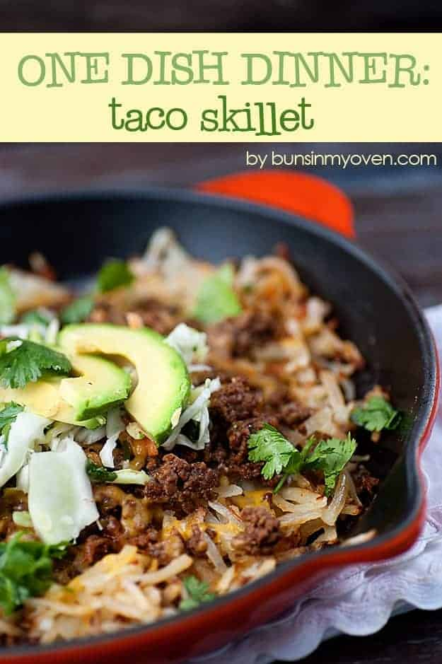 One Dish Taco Skillet - this dinner is sure to be a family pleaser!  It's ready in less than 30 minutes and just uses one skillet! recipe by bunsinmyoven.com