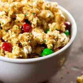 christmas popcorn peaut butter