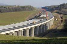 autostrada in costruzione