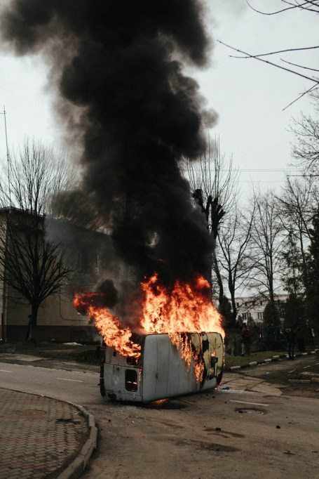A burning Security Service of Ukraine vehicle, Kalush, February 2014