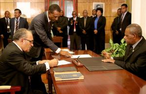 Peter O'Neill returns as Papua New Guinea's Prime Minister