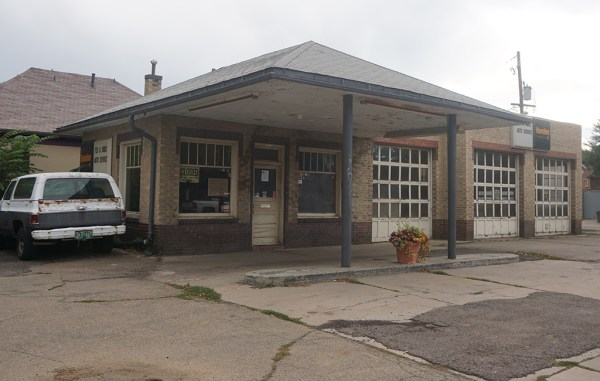 After 50 years, owners sold the garage at 32nd Avenue and Julian Street for $845,000. (Burl Rolett)