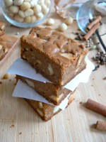 My Chai Tea Macadamia Brown Butter Blondies or how to get your whole breakfast in a single cake :