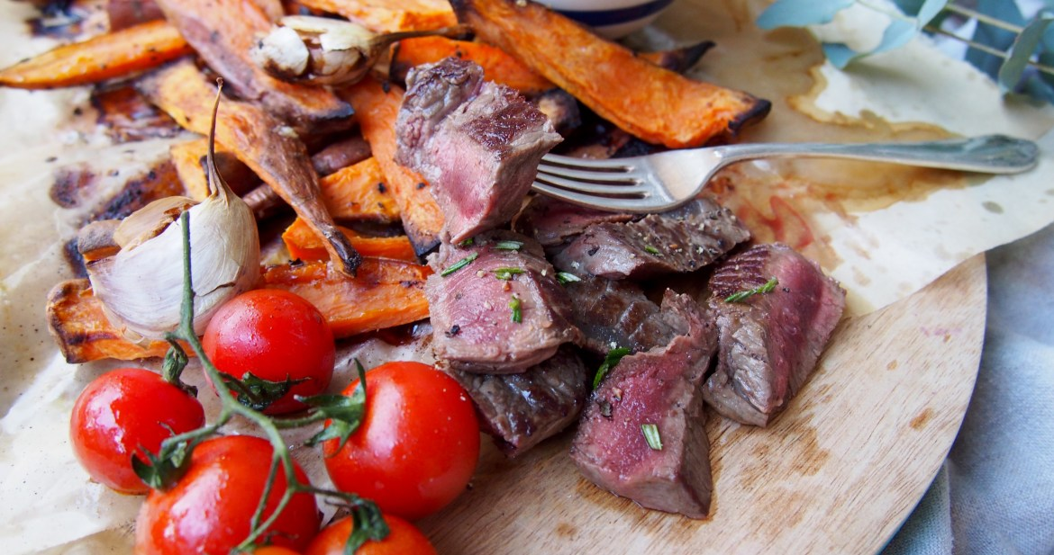Steak & Sweet Potato Fries, The Rosedog Blog, www.therosedogblog.me