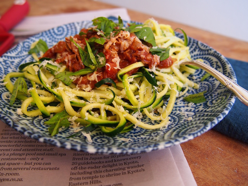 Slow Cooked Spaghetti Bolognese, recipe over on www.therosedogblog.me