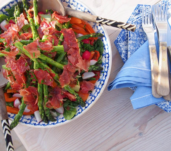 Crispy Proscuitto & Asparagus Salad, Simple Salad Recipes, Recipes by Rosie, www.therosedogblog.me