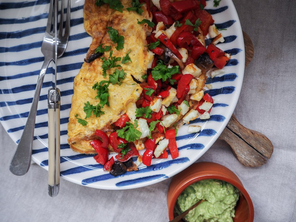 Haloumi & Capsicum Omelette, Recipe over on www.by-rosie.com
