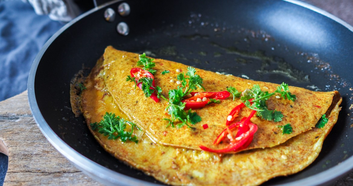Turmeric & Chilli Omelette, Recipes by Rosie, www.by-rosie.com