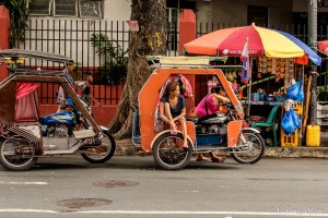 Street photography in Manilla