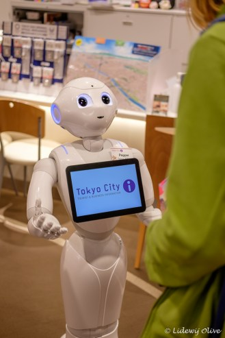 Pepper, the robot of the Tokyo tourist info