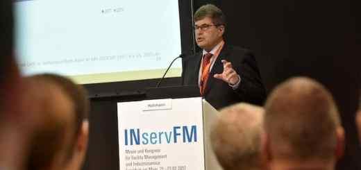 Die Fachtagung IT im Real-Estate- und Facility Management wird Teil des FM-Kongresses der INservFM 2018 – hier Prof. Joachim Hohmann auf der Fachtagung 2017
