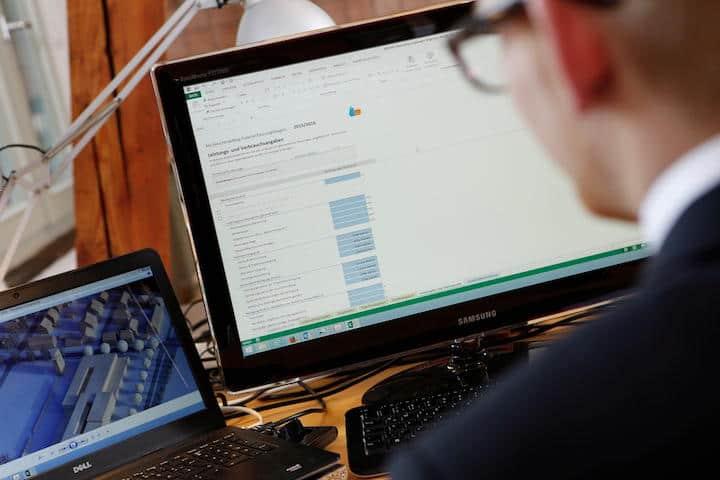 Mit einer speziellen Schnittstelle ließen sich Daten aus CAFM-Systemen leicht für das FM-Benchmarking nutzen