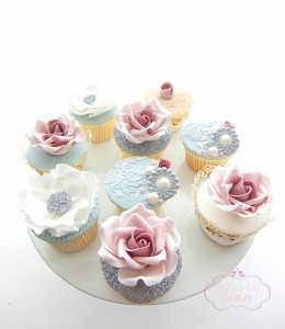 Sparkly Floral Cupcakes