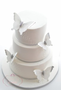 butterfly.wedding.cake.silver