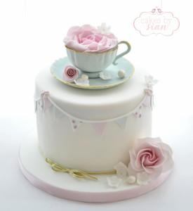 teacup.cake.vintage