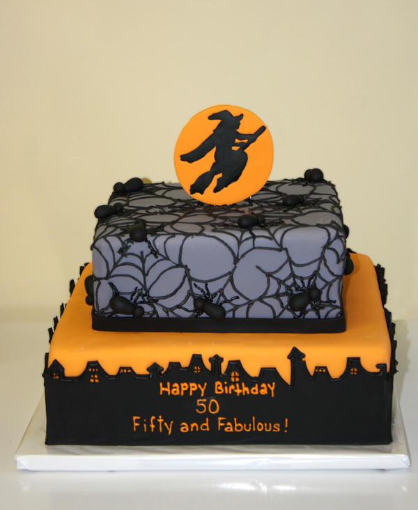 Halloween cake for wedding reception needs work Halloween wedding - decorating halloween cakes