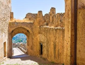 Poesia in Calabria, appuntamento al Federiciano di Rocca Imperiale