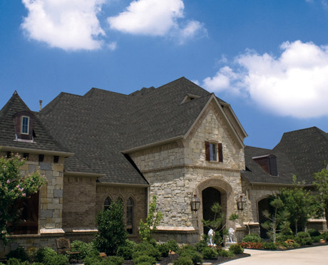 How To Keep Your Roof Free From Algae with Scotchgard™ Roofing