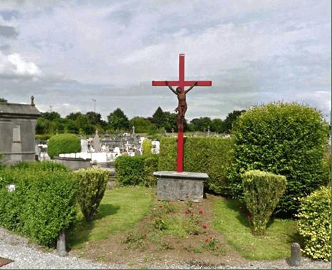 Calvaire à côté du cimetière