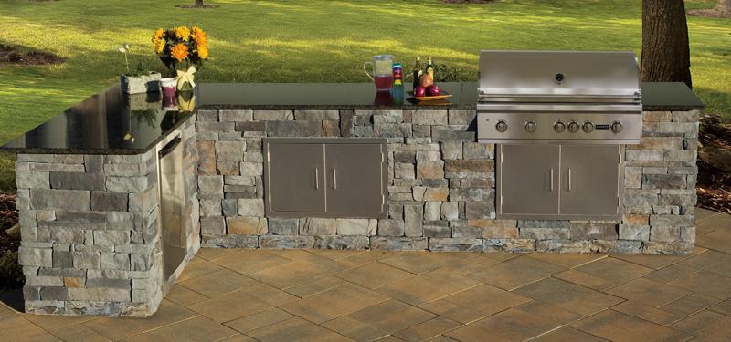 Custom Simple Outdoor Kitchen Cambridge Pavingstones - Cambridge Outdoor Kitchen Kit