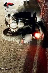 Pozzuoli, scooter rapina
