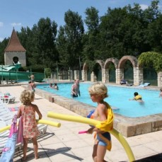 Camping Piscine Tarn Nature