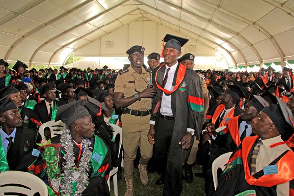 Police Attempt to Arrest Former Makerere 'Strike Lord' on Graduation