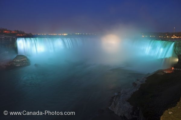 Niagara Falls At Night Wallpaper Niagara Horseshoe Falls Night Illumination Photo