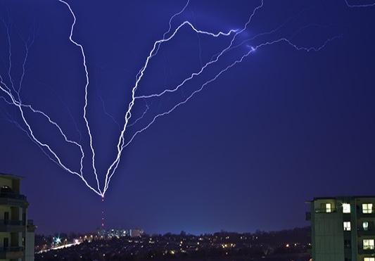 How lightning works - Canadaca