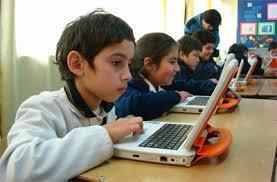 """El Gobierno colombiano trabajará por """"la paz, la educación y la justicia social"""" con las nuevas tecnologías"""