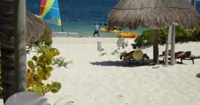 Acamaya Reef Cabanas Puerto Morelos Hotel