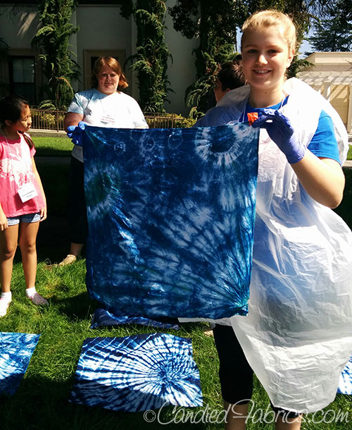 indigo dyeing with kids 2