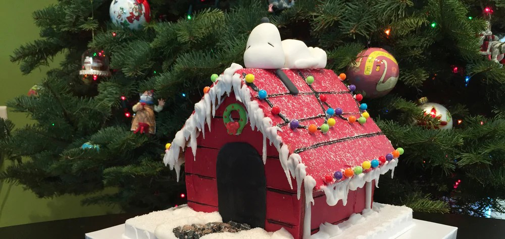 12 Best Gingerbread Houses Castles For The Holidays