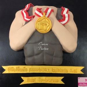 Madalyalı Pasta