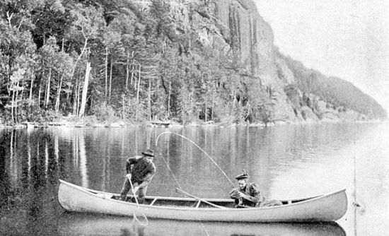 640px-White_canoe_image_1908