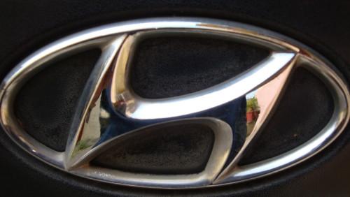 car logo and names