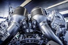 new_AMG_4.0-litre_V8_biturbo_engine_(9)
