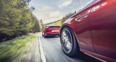 Mercedes-AMG_E63_S_vs_Porsche_Panamera_Turbo1