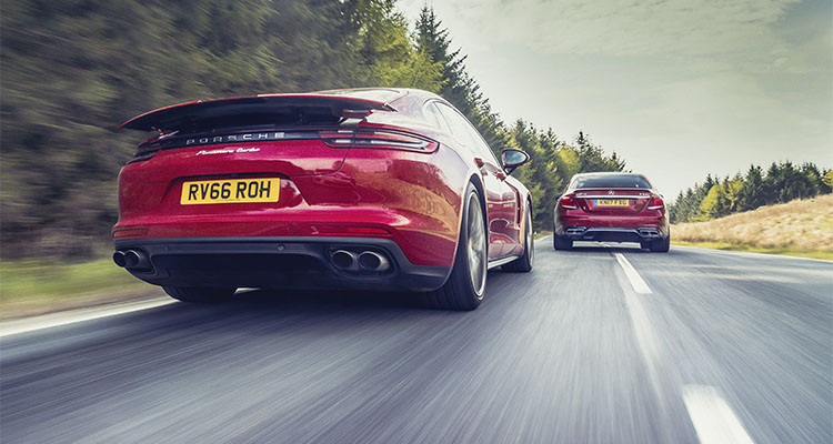 Mercedes-AMG_E63_S_vs_Porsche_Panamera_Turbo4
