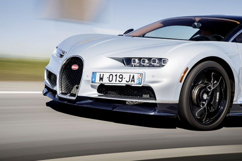 Bugatti Chiron, Global Media Launch, Portugal, 18th March 2017 Photo: James Lipman / jameslipman.com