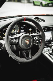 MERCEDES AMG GT R vs PORSCHE 911 GT3 5
