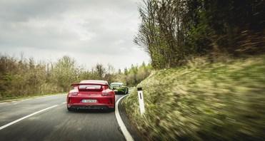 MERCEDES AMG GT R vs PORSCHE 911 GT3 6