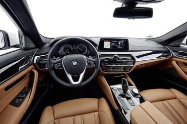 BMW520dTouringFirstDrive