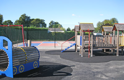 Play area and short tennis court