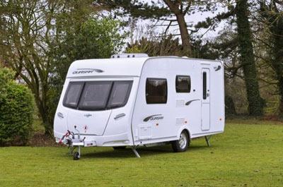 Lunar Quasar 464 touring caravan