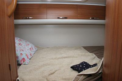 Adria Sport 660 bedroom