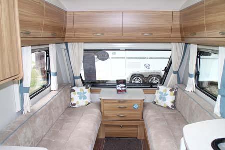 Elddis Xplore 402 Caravan - Lounge