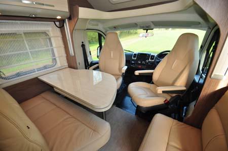 Burstner Ixeo Time IT745 Seating